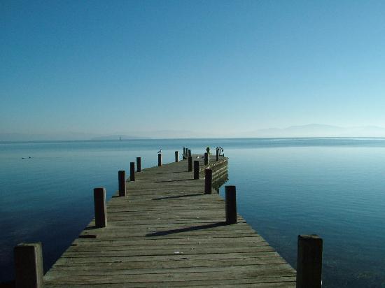 molo-sul-lago-trasimeno