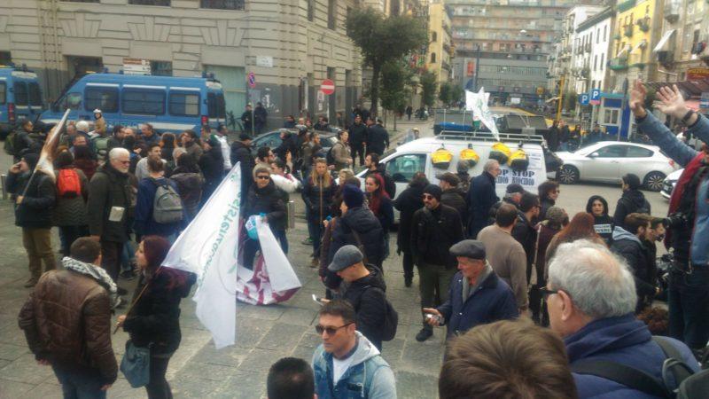 """10.000 i """"quattro gatti"""" di Rete Biocidio scesi in piazza per sfiduciare il governo De Luca*"""